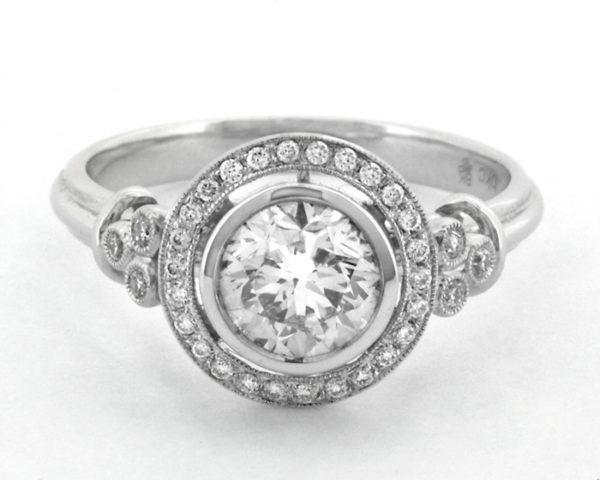 HD010 Round Halo Bezel Diamond Engagement Dublin feature